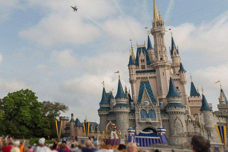 Disney world gay days