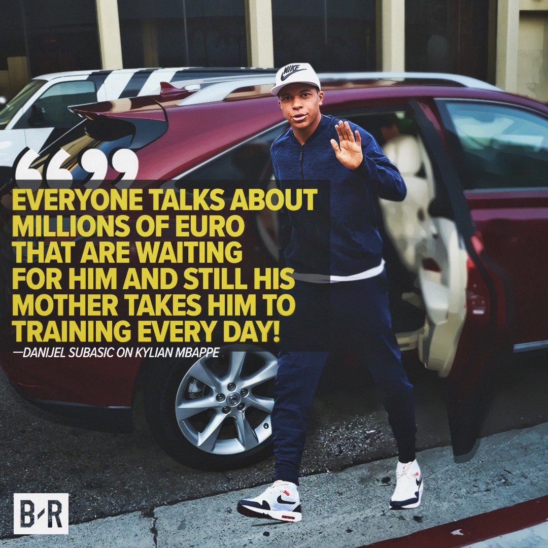 Kylian Mbappe: He's just like the rest of us.   (Only *slightly* better at football… #kylianmbappe #monnoco #Ligue1 #Ligue1Conforama <br>http://pic.twitter.com/X9s2TzN2nN