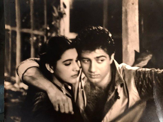 Selfie mode on since 1982!!! #selfie #betaab #throwback #80s #memories #actors #movies #film #entertaining #since #happy #soul #gratitude https://t.co/0R3QKbRiXb