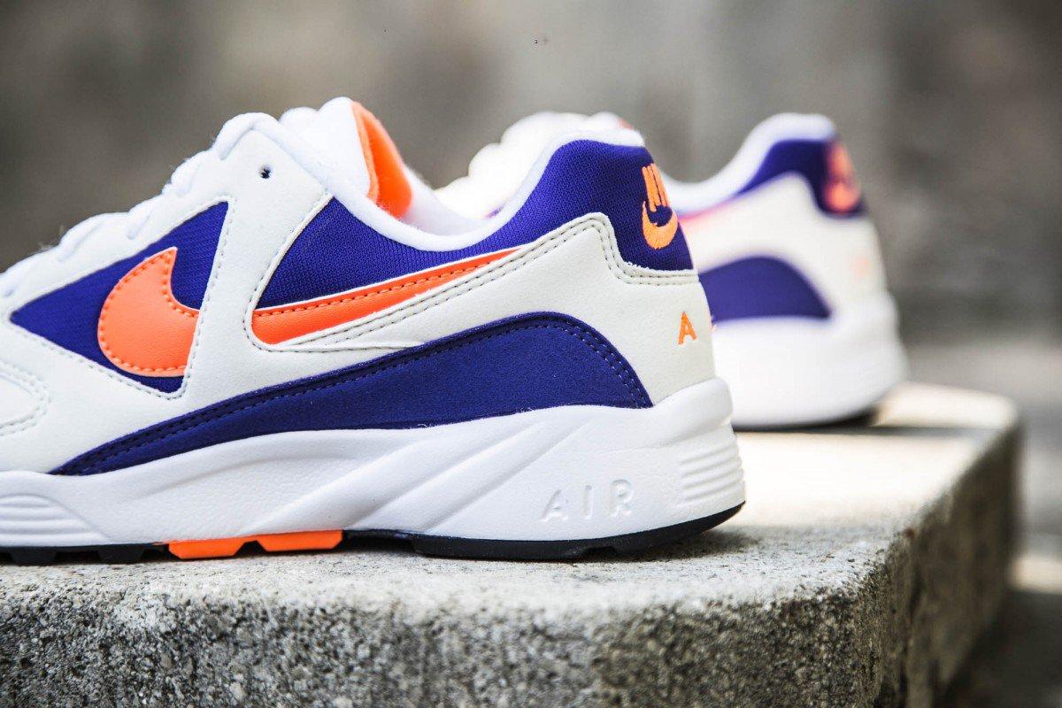 875842-101 Dispo au shop et sur  httpswww.cornerstreet.frcatalogproductviewid84615snike  Topánky Nike Air  Icarus Extra (whiteradiant orange) ... 86b00f18a