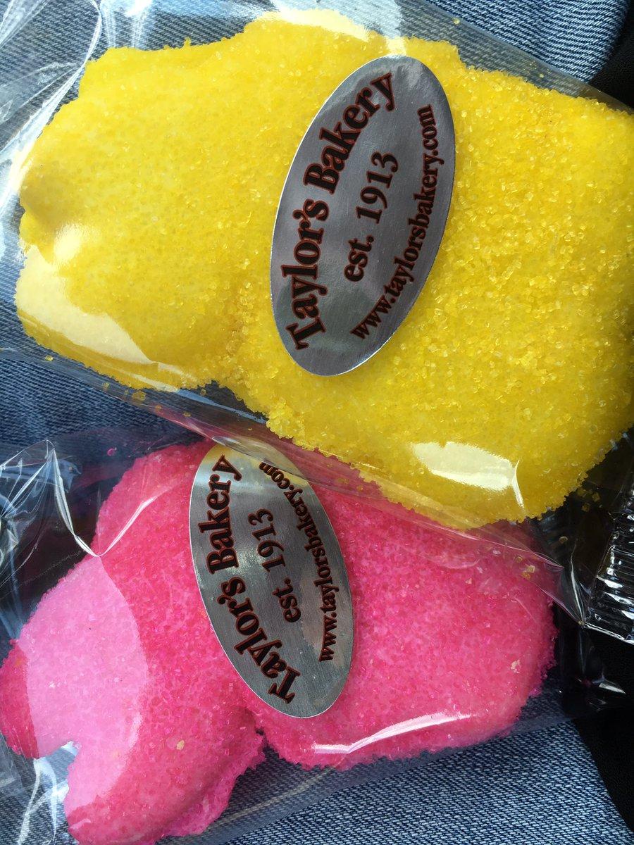 My favorite Holy Saturday errand! @TaylorsBakery #bunny #sprinklecookies <br>http://pic.twitter.com/2ZJWh2ciJK
