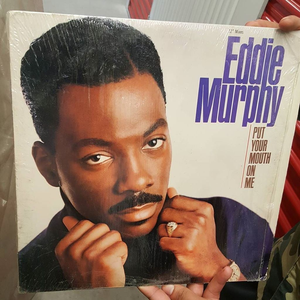 Up in the storage inside the lost files... #eddiemurphy #eddie #charlie #murphy #charliemurphy #album #music #come…  http:// ift.tt/2poi7kX     pic.twitter.com/AvQbyEgTQy