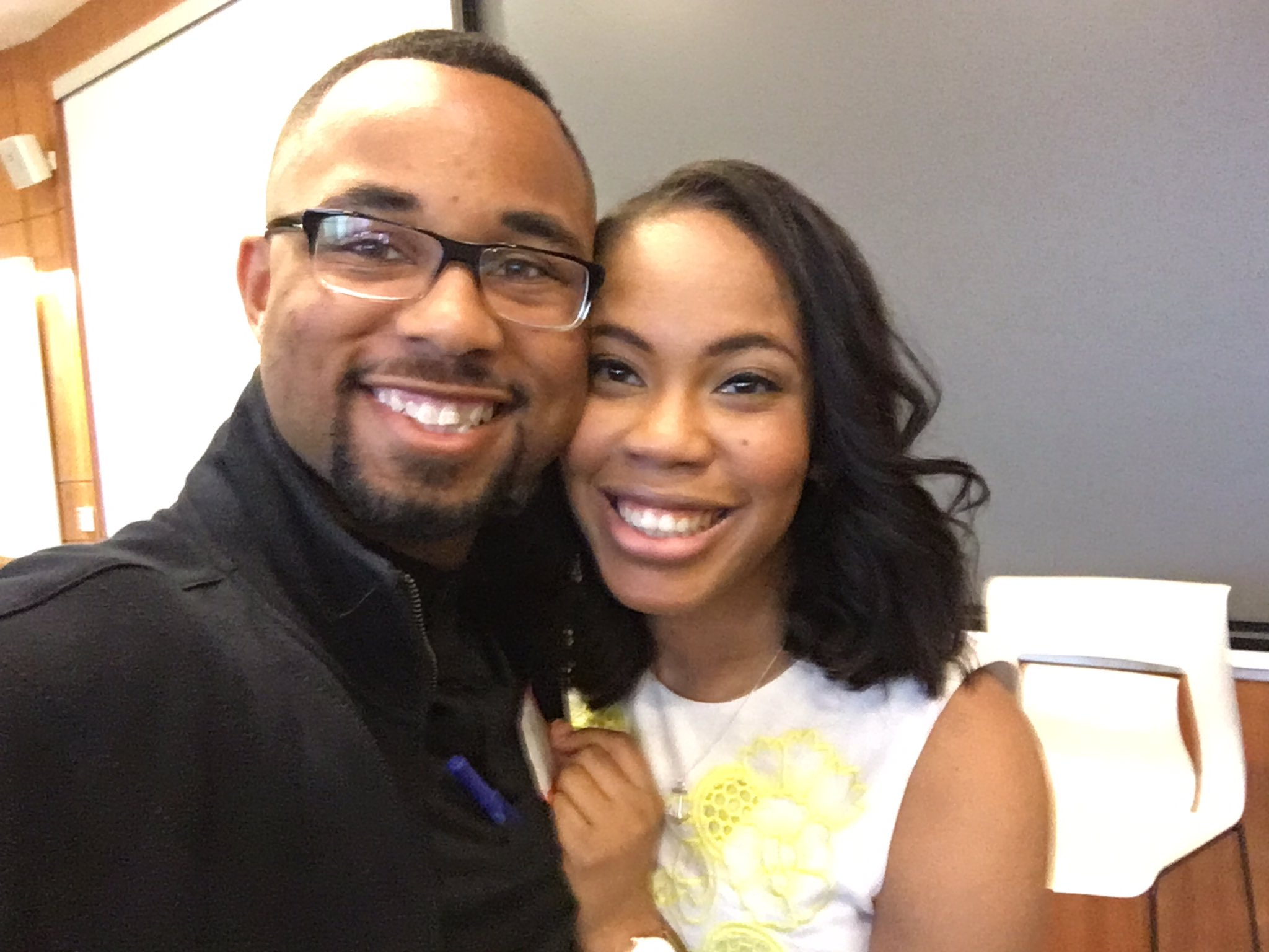 It was a pleasure meeting you @dbcadet ! Thanks for critiquing my blog! #PovichWorkshop17 https://t.co/R7fLJg3Hxe