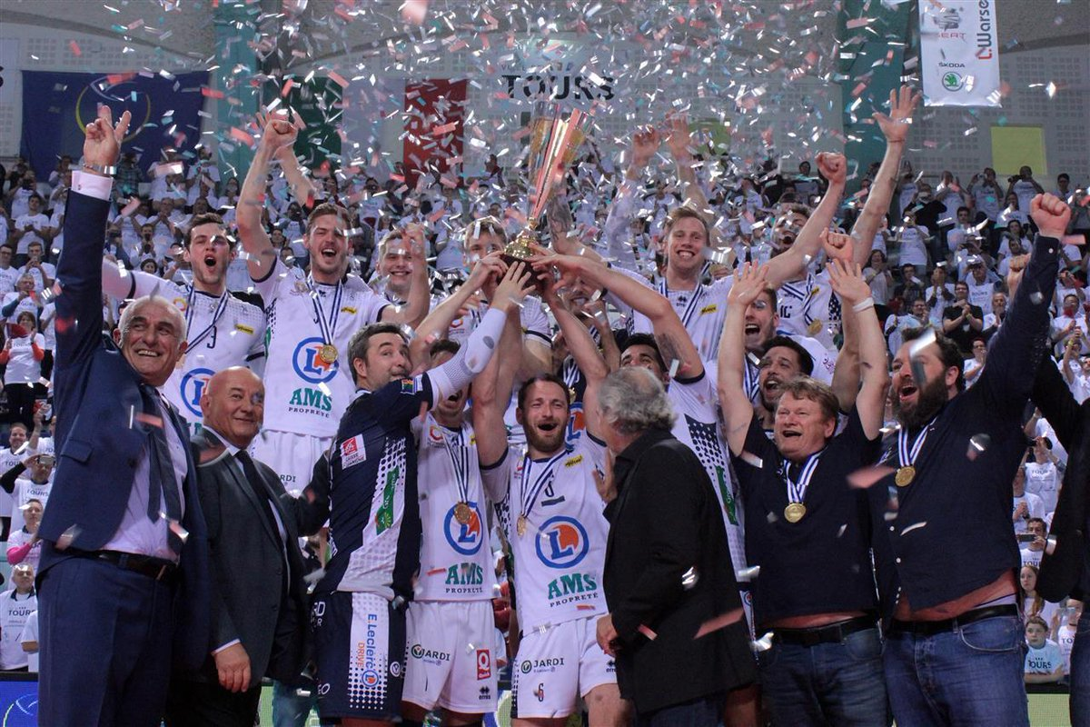 Huge 2nd leg comeback, Golden Set win lifts @ToursVolleyBall to the #CEVCupM title:  http:// bit.ly/2pEdIKf  &nbsp;   via @CEVolleyball<br>http://pic.twitter.com/HcEWMWTzYT