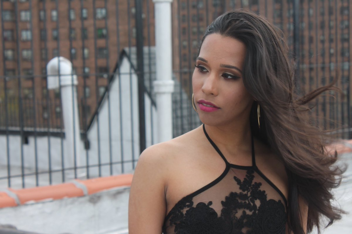 """#NextQuestion™ on Twitter: """"be on the lookout for our makeup artist Ida - #nextquestion #makeupbyida #beauty #makeup #MakeUpAddicts #mac #latina #nyc ..."""