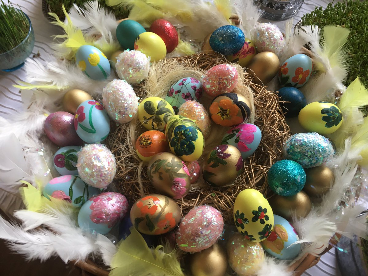Wishing the World a Very #Happy #Easter. #HappyEaster #EasterSunday<br>http://pic.twitter.com/JNHjsVfm5b