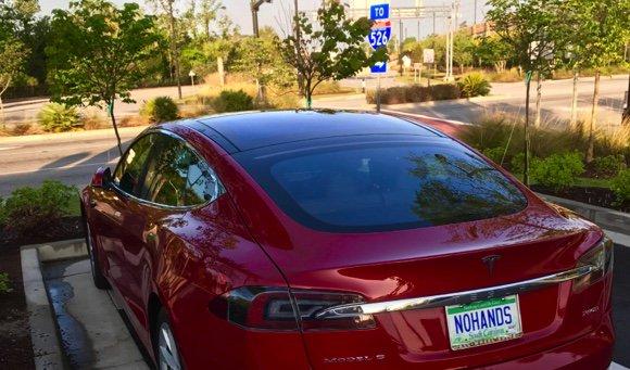 Autonomous Cars: Move Over Tesla, Here Comes Everybody