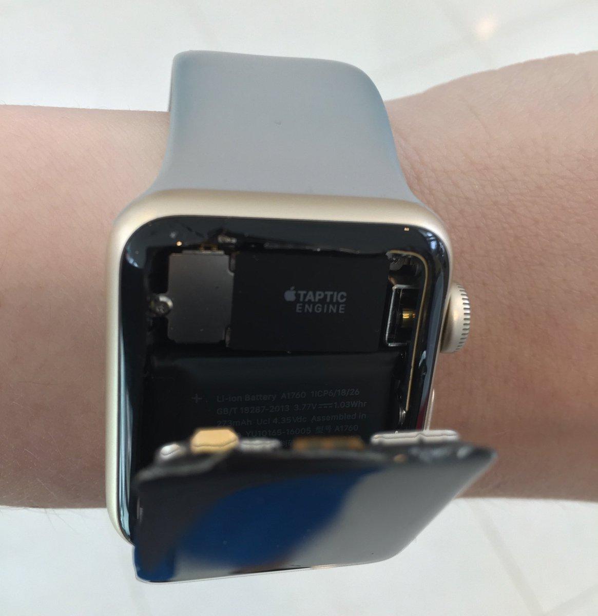 Также, специалист может отказаться ремонтировать apple watch, если повреждения будут признаны непоправимыми.