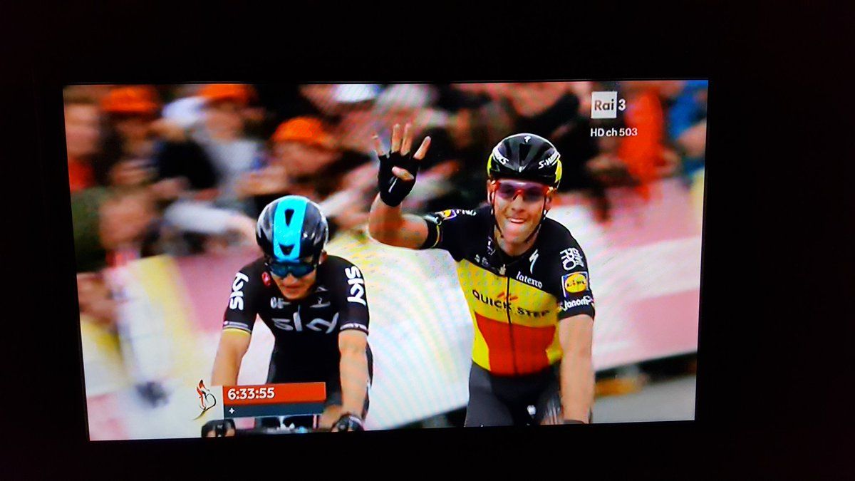 Poker di @PhilippeGilbert all&#39;Amstel Gold Race #cycling #classicissima #Ardenne #sport<br>http://pic.twitter.com/zRytjhA6B0