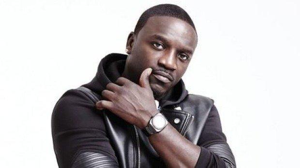 FELIZ CUMPLEAÑOS - HAPPY BIRTHDAY: \\ Aliaume Damala Badara Akon Thiam \\ (44)