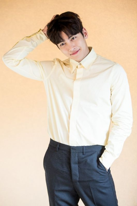 Ji Chang Wook, Choi Tae Joon, dan Nara untuk drama SBS \'Suspicious Partner\'.