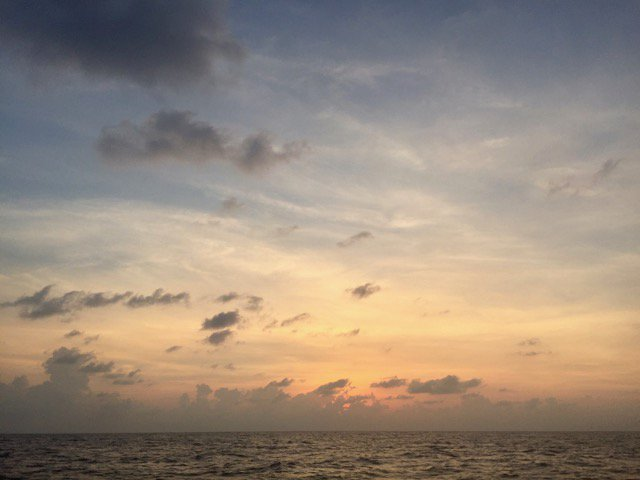 Gorgeous layers of sky at dusk at sea, heading back to land after a few weeks on station at 9 North. #CEOEDivesDeep is Manzanillo-bound 🇲🇽 https://t.co/GVGi8upK7V