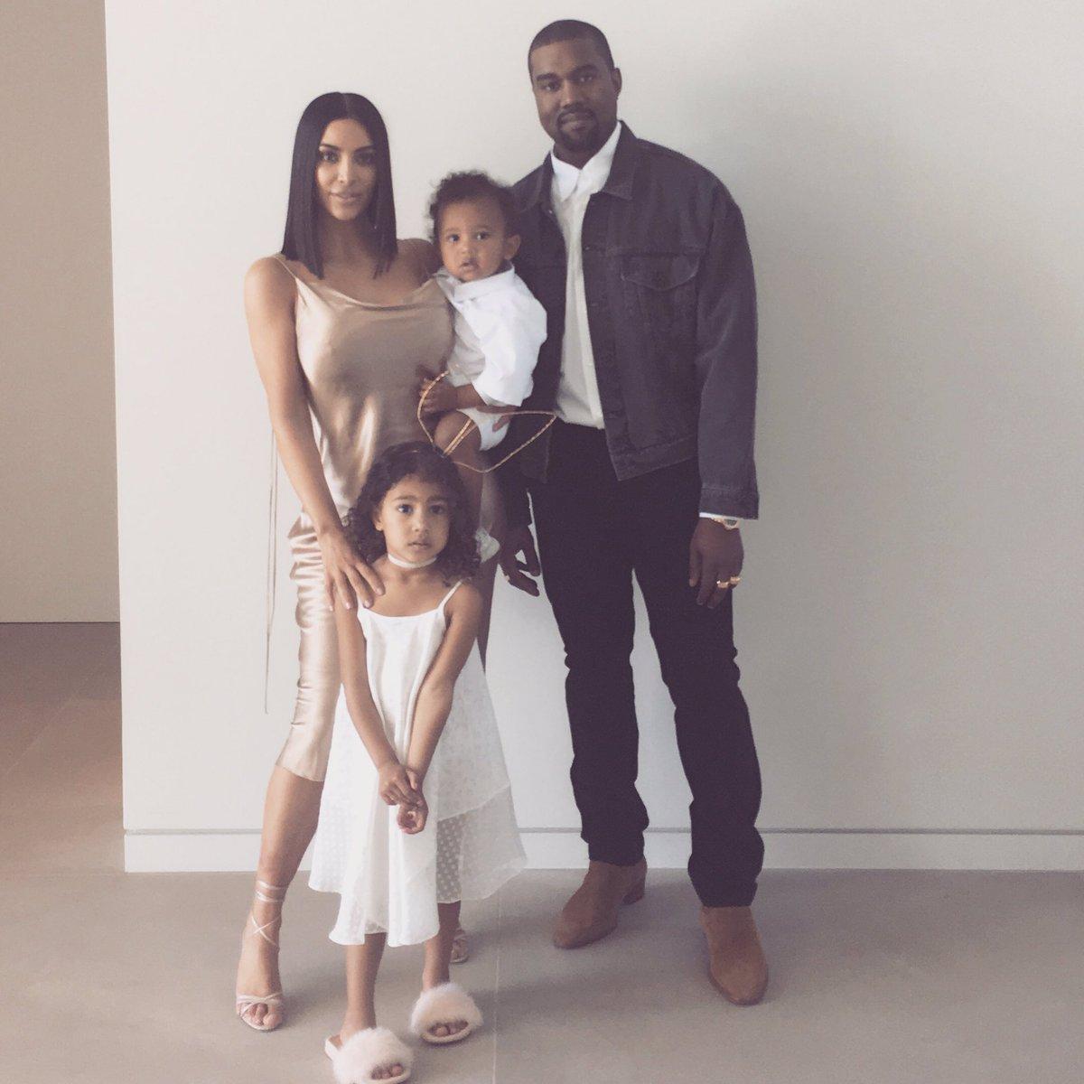 Twitter Kim Kardashian West nude (49 photos), Sexy, Cleavage, Instagram, see through 2020