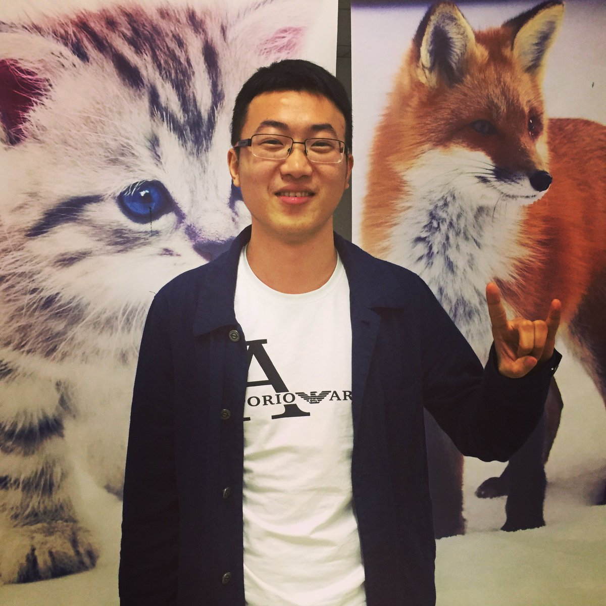 #ACTAsia volunteer in #furfreeretailer top from #armani reminding us about #fox and #cat fur mislabeling in the #uk revently #skynews report<br>http://pic.twitter.com/pLSYRhM8tG