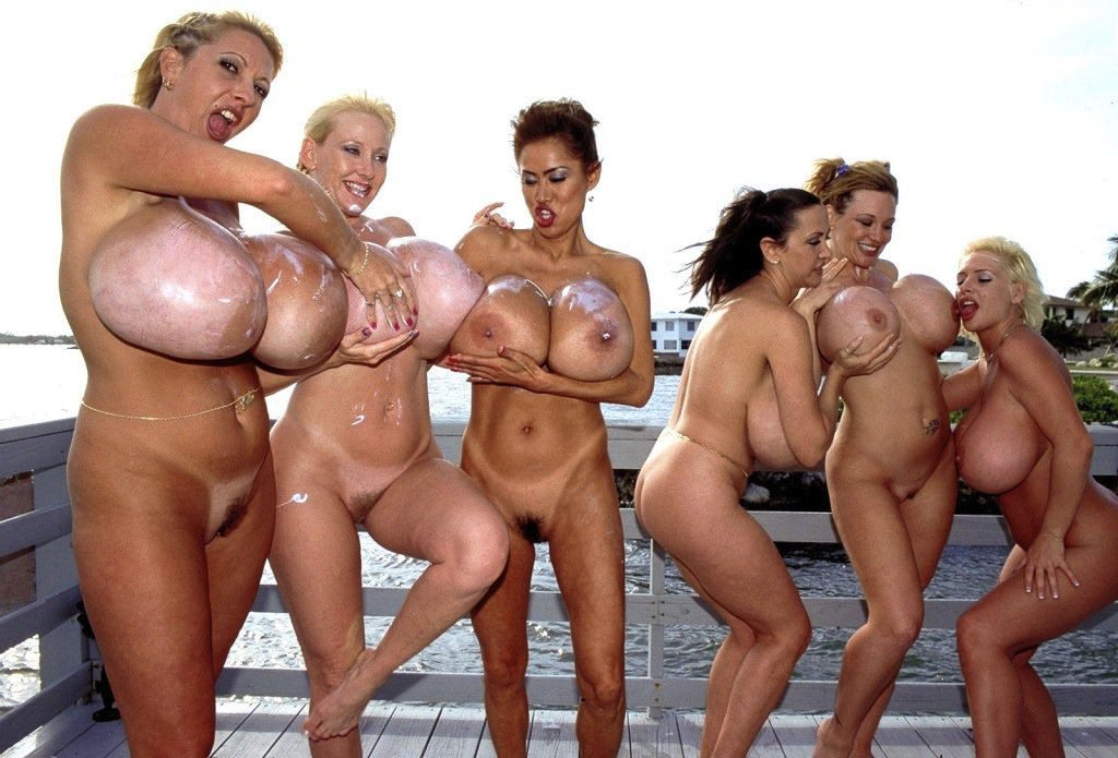 biggest-nude-group
