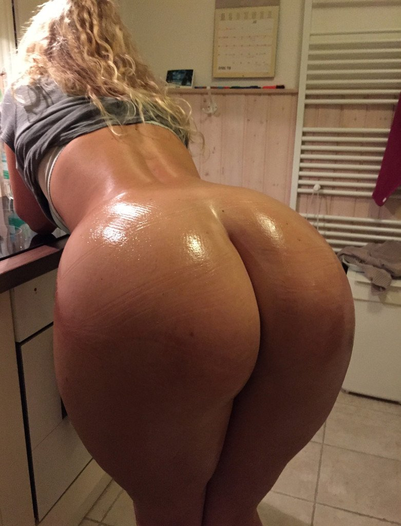 Big Wet White Butt 57