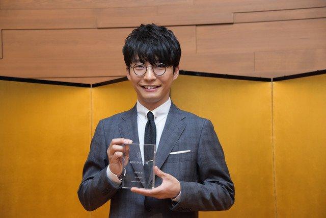 星野源、伊丹十三賞贈呈式に登壇「伊丹さんの遺伝子をつないでいきたい」 https://t.co/xHk1sx8xRw #hoshinogen