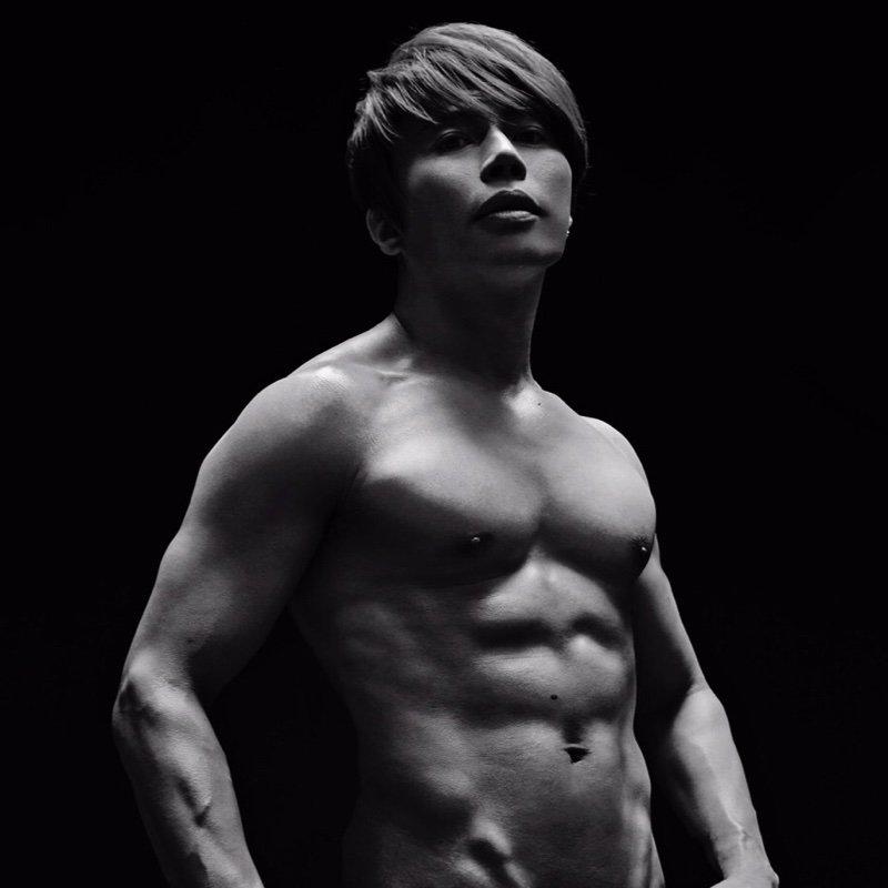 筋肉質な西川貴教2