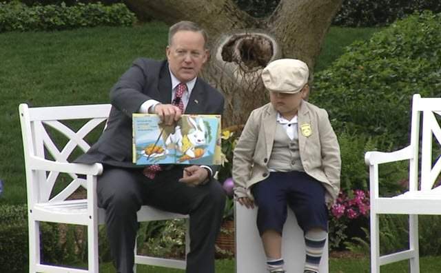 Sean Spicer reads How to Catch the Easter Bunny at the White House Easter Egg Roll https://t.co/M21gRJwvs9 https://t.co/9q5rYQNNVE