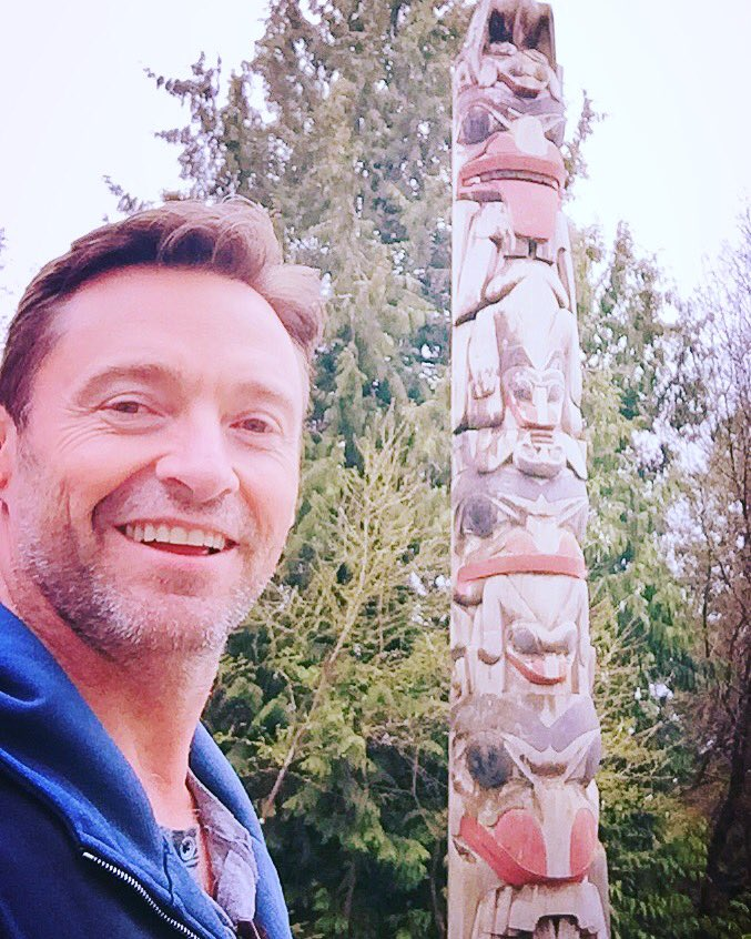 Totem Poles in Vancouver. The workmanship is extraordinary. https://t.co/wQS7A2aO74
