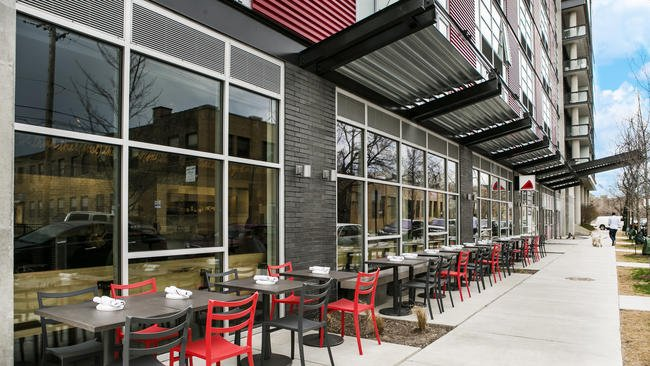 Introducing Chicago's new rooftops and patios of 2017. @samanthanelson1 for @redeyechicago https://t.co/BuyhACRige https://t.co/mJRmOqDPry