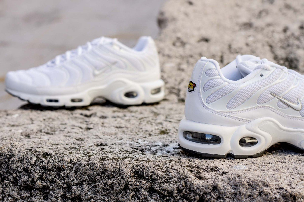0c0c9a7c5c ... AIR MAX PLUS TUNED WHITE / 604133-139 Instore and online :  https://www.cornerstreet.fr/catalog/product/view/id/84326/s/nike-air-max- plus-tuned-white/ …