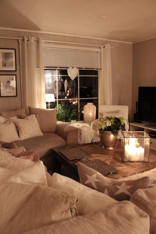 Hygge home on twitter cosiest living room ever interiordesign hygge candles cushions - Smalle gang deco ...