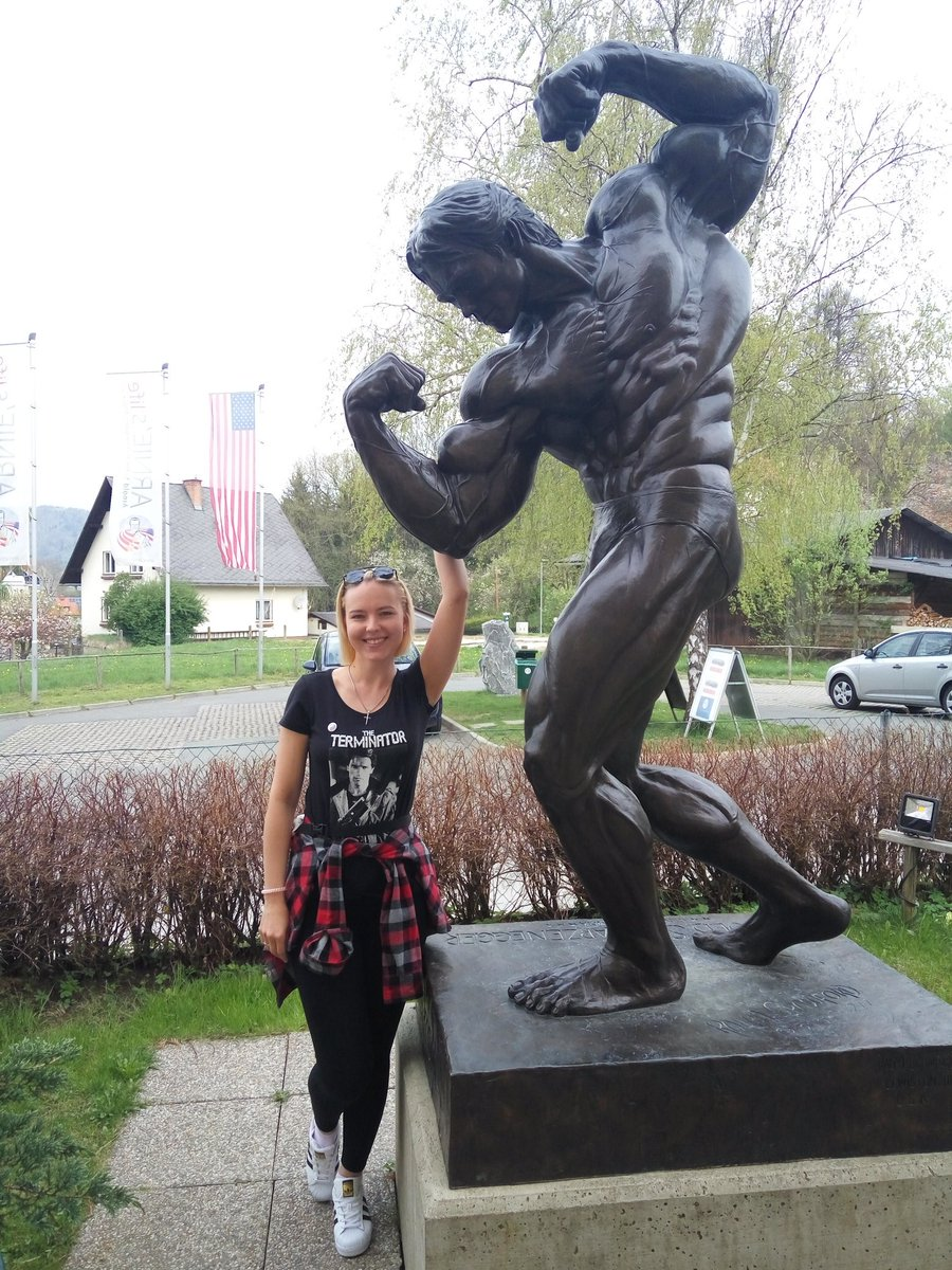 I'm so lucky at the house-museum of my hero iron Arnold @Schwarzenegger 😎🙆 dreams are come true!