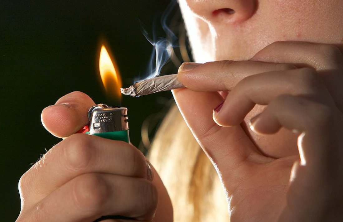 Group Gives Away Joints to Protect Pot Shops From Feds