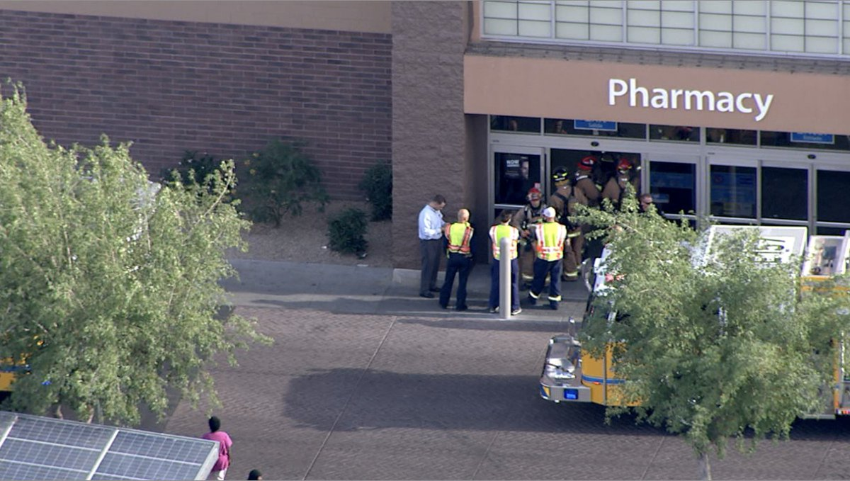 Now Air15 Over Walmart Near 59th Avenue Northern On Scene Store Appears To Have Been Evacuated Working More Info