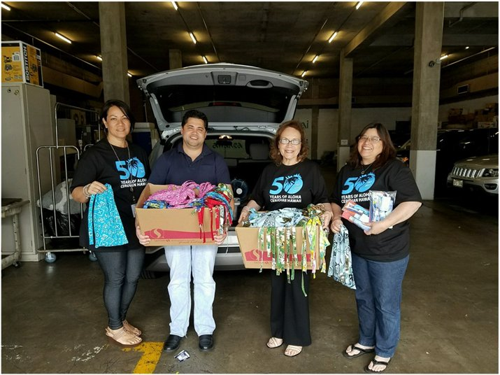 #ceridianhawaii50 donated 50 care packages @IHSHawaii Mahalo @KimoKCarvalho for all the amazing work to prevent & #endhomelessness in Hawaii https://t.co/TZ7i4yGRY6