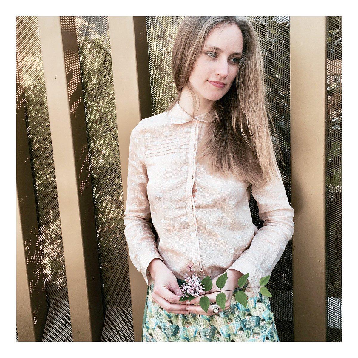 Optons pour le #look #tendance fresh and french  #cotelac #chemise #pattern #jupe #spring  https:// goo.gl/CskcK1  &nbsp;    https:// goo.gl/0jRCxz  &nbsp;  <br>http://pic.twitter.com/NDhHGJPGKL