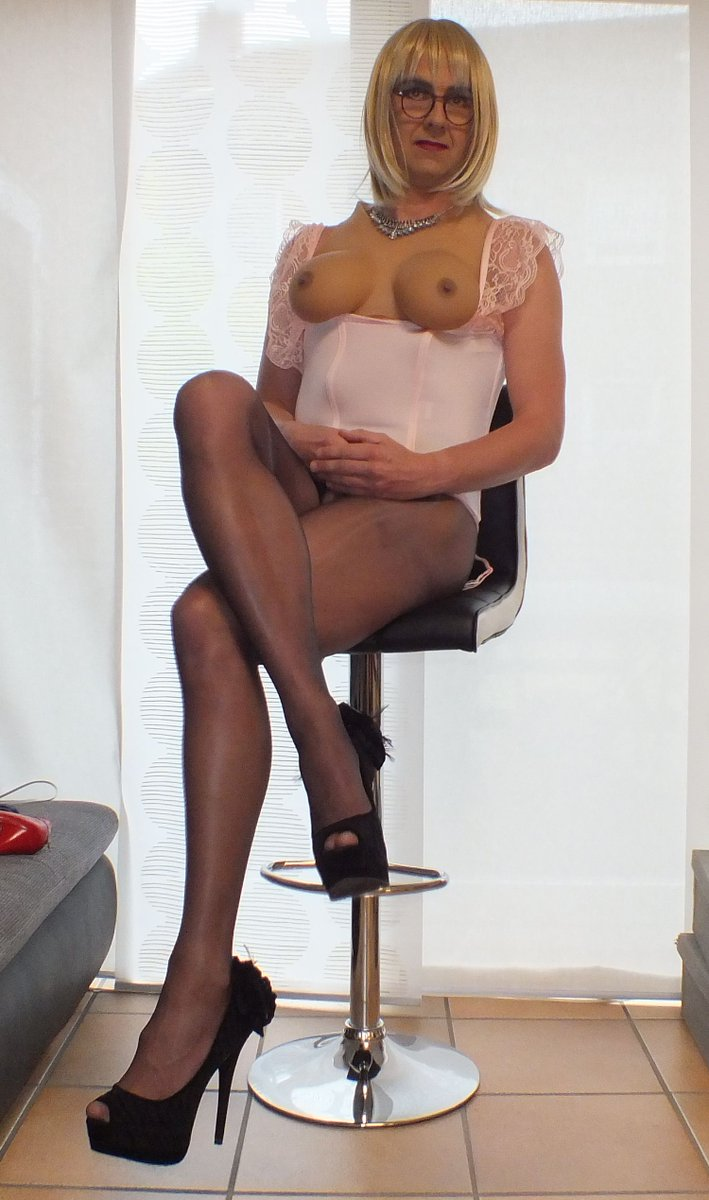 This Milf pantyhose nylons and heels your