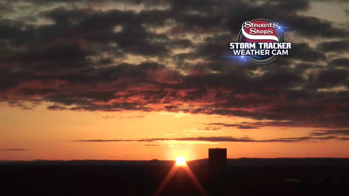 If you didn&#39;t catch the sunrise this AM... CHECK THIS OUT! #WakeUpWith10 #518WX @WTEN<br>http://pic.twitter.com/DCnmkOcBj5