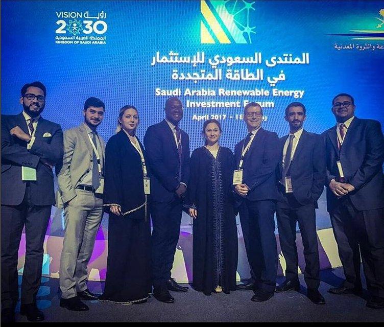 RT @FleishmanGCC: The FleishmanHillard Middle East team at  #sareif2017 in Riyadh https://t.co/B6gqYXxZ2u