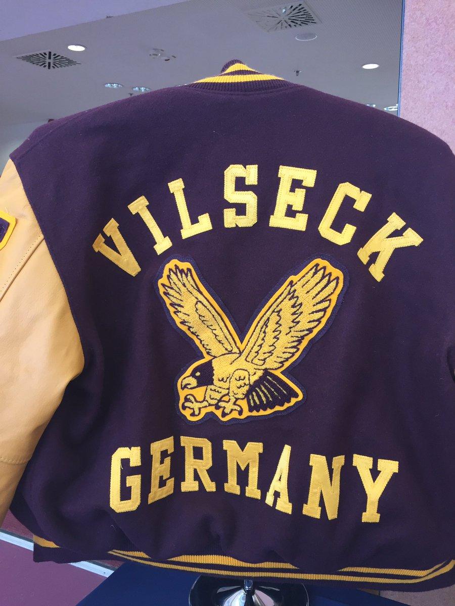 Jostens Europe On Twitter Vilseck High School We Will Be Back