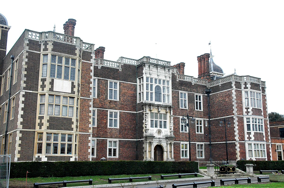 #worldheritageday RGHT are proud to look after Charlton House. Today is a great day to come and explore, if you haven't already...