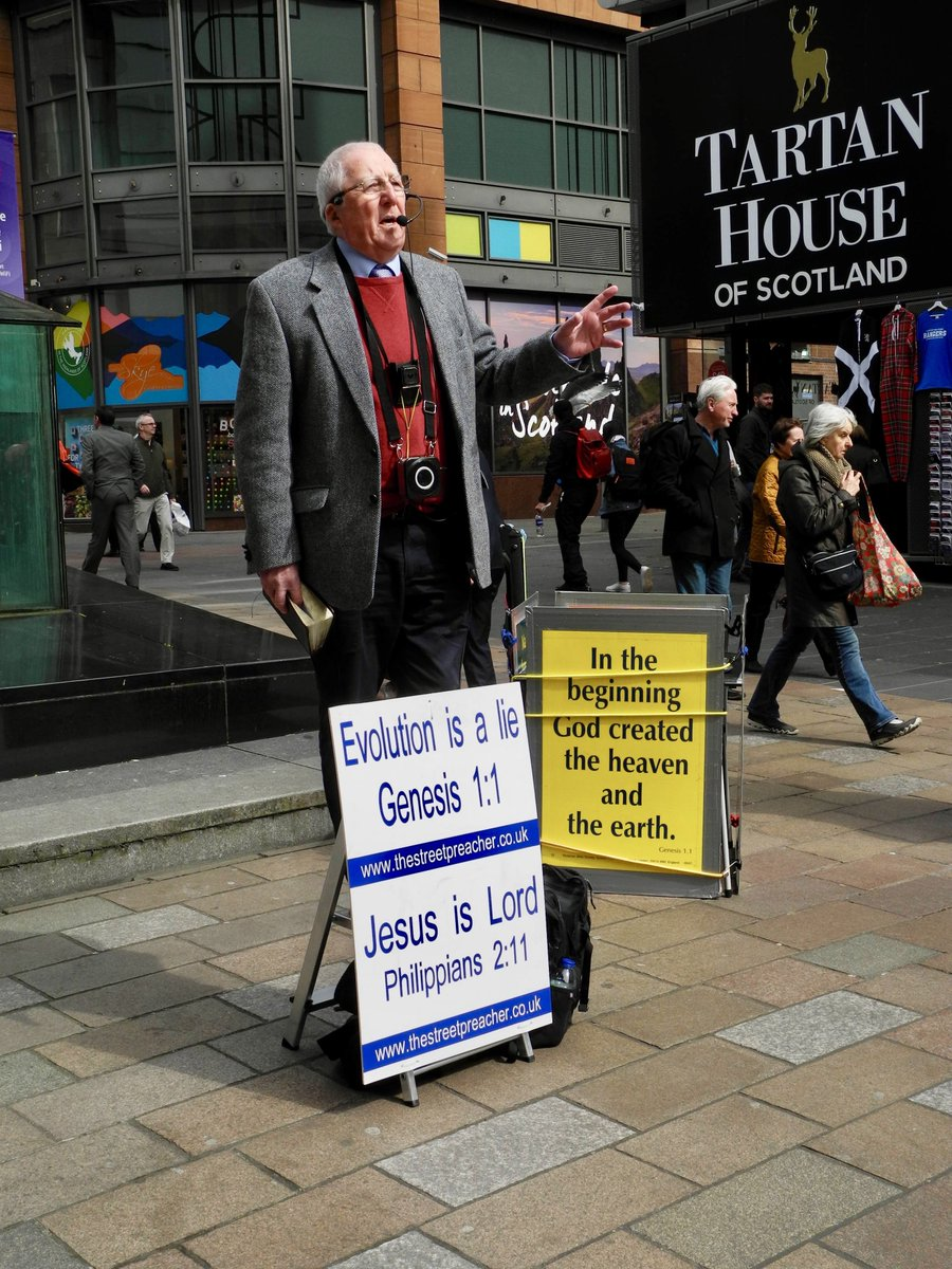 Glad to be with #The Street Preacher and others on #Buchanan Street, #Glasgow, preaching the #Gospel.<br>http://pic.twitter.com/3foVHTNMj1