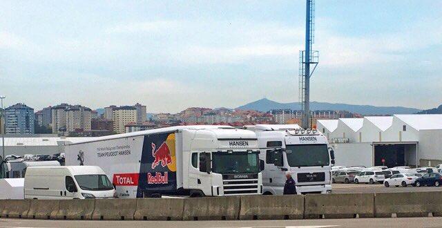 The #Vigo factory has kept a good eye on our racecars and team vehicles. Thanks @JPImparato! Now heading for #MontalegreRX #Peugeot208WRX<br>http://pic.twitter.com/owHivA9sOR