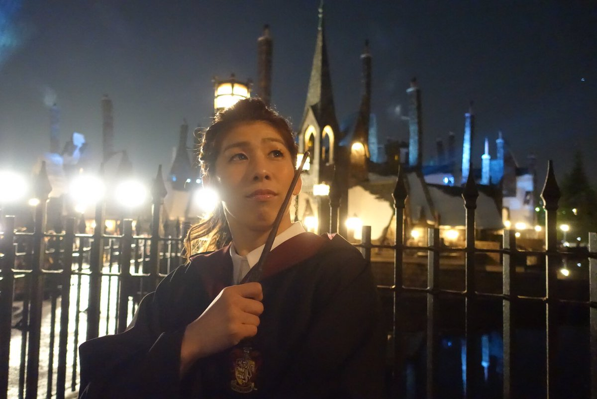 今日はUSJでお仕事!! ハリーポッターの魔法の世界を見れてとても幸せな気持ちになりました😆 皆さん…