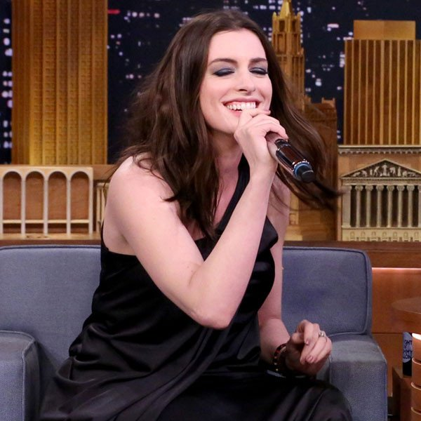Anne Hathaway Brasil (@annehathawaybr)