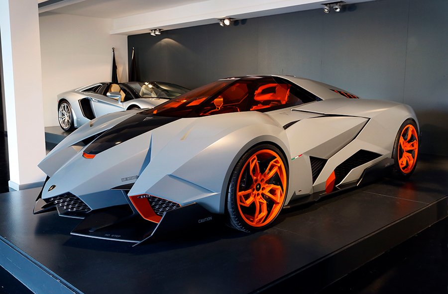 The Speed Journal On Twitter The One Of Its Kind Lamborghini
