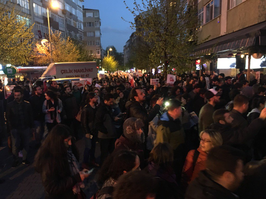 Third night of protests in Turkey against referendum result, accompanied by clanging of pots.