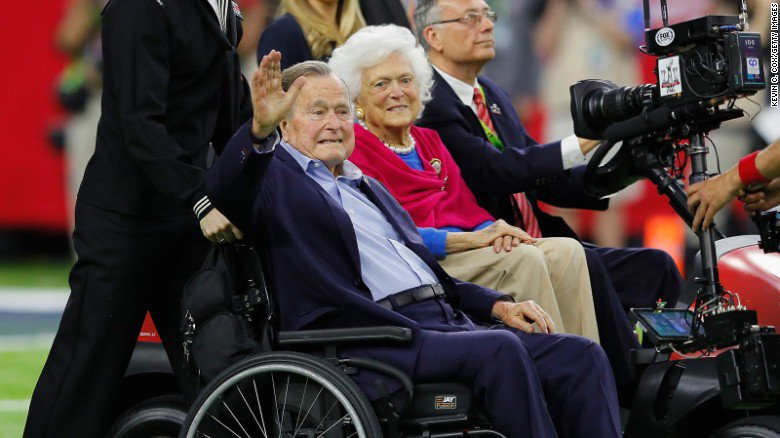 George H.W. Bush was re-admitted to a Houston hospital Friday over what turned out to be pneumonia, spokesman says https://t.co/Gn2So40i5S https://t.co/n5a5PpmwGb