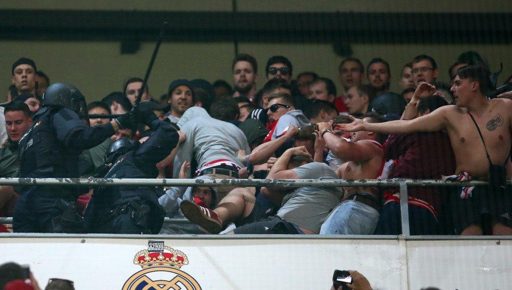 Real Madrid - Bayern Munich - Página 5 C9uKDqBXoAAdQDp
