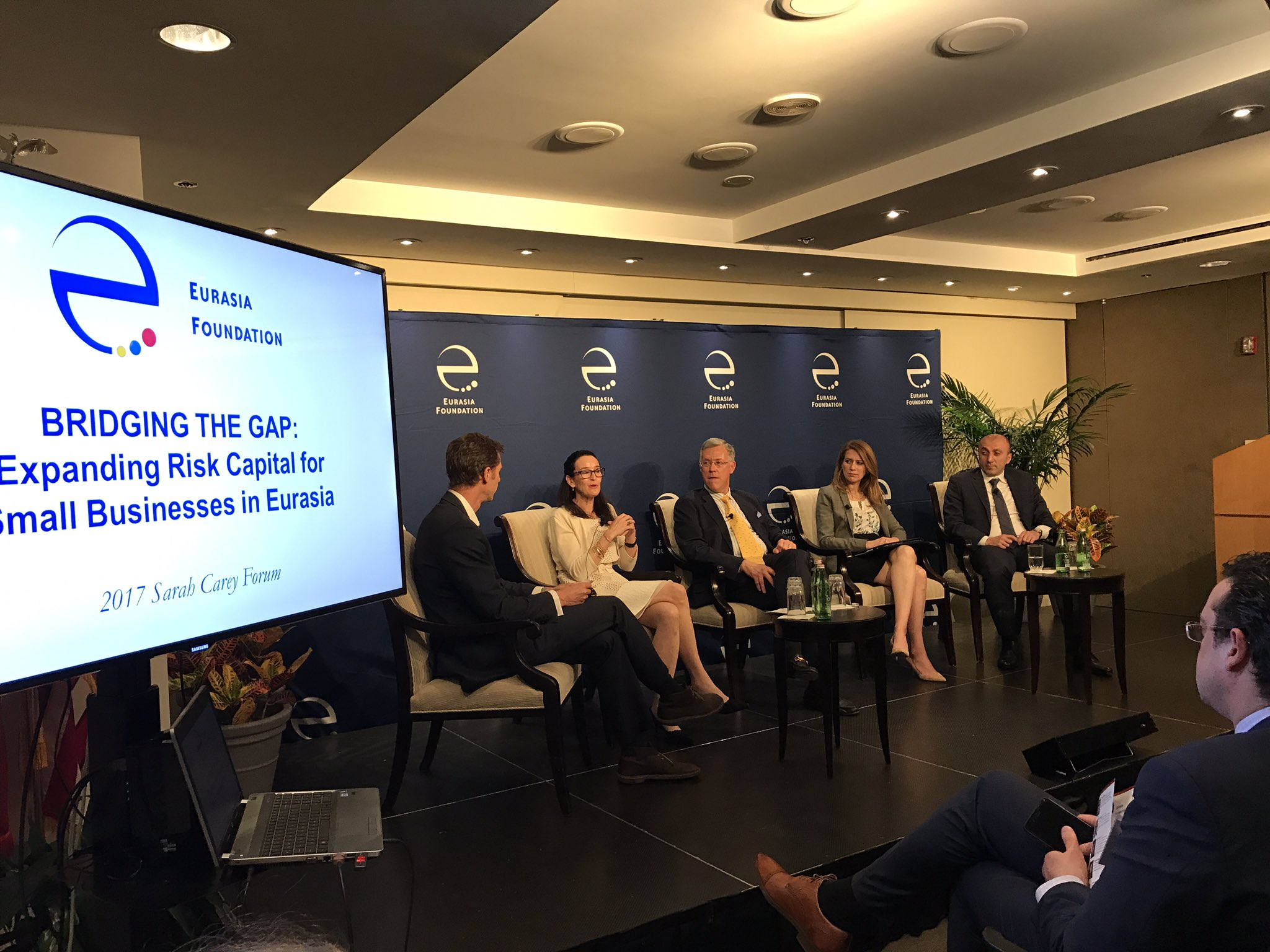 @EFNetwork Teresa Barger of Cartica Managm: Georgia really doing everything right corresponding to Ease of Doing Business Index standards https://t.co/tsyAjuu0Za