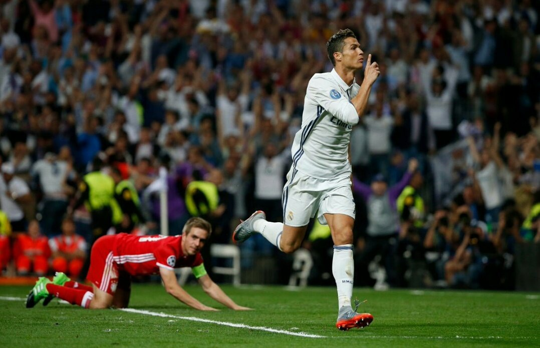 Champions: Real-Bayern 4-2. Ronaldo travolge Carletto in 120'