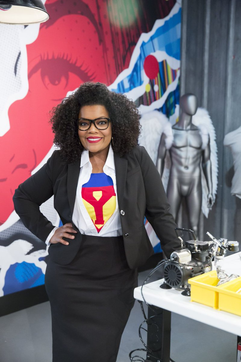 Can we talk about how awesome @YNB looks in her custom superhero suit?...