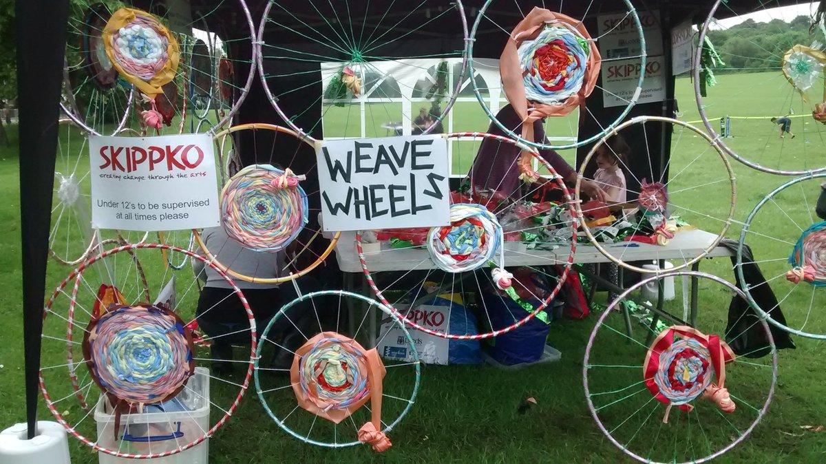 Free family arts activities at the Little Blue Orange pub Baildon 30 April 11 - 2 Weave wheels and more! @letouryorkshire @BaildonCouncil