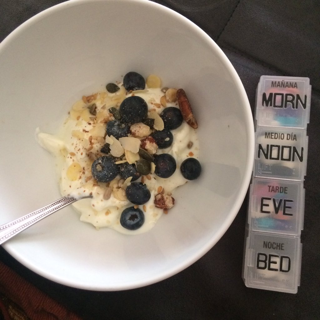 Breakfast: yoghurt, blueberries, nuts (pre mixed) and a handful of pills #lauraspenlive https://t.co/m6zVPKiqNg